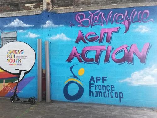 Graph' Agit'Action sur un mur d'Amiens