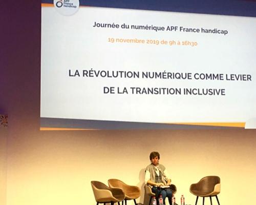 """Ecran """"La révolution numérique comme levier de la transition inclusive"""" par APF France handicap"""