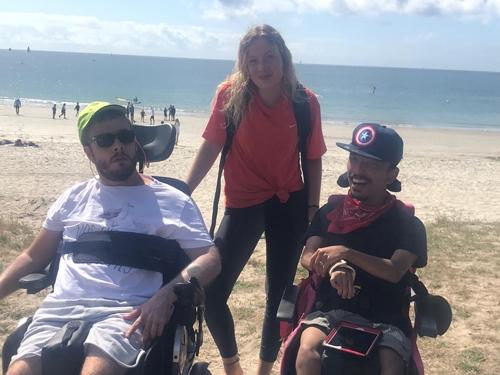 Petit groupe à la plage à Larmor Plage