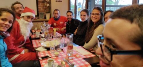 Alexandre et la team Expatriés au restaurant