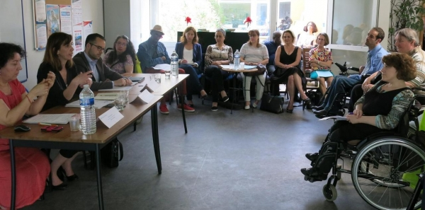 Photo de la table ronde sur la PCH à la DD94