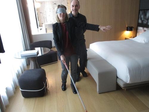Sensibilisation au handicap visuel à l'Hôtel le Cinq Codet