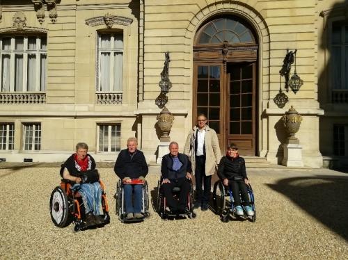 APF France handicap dans la cour de l'Elysée