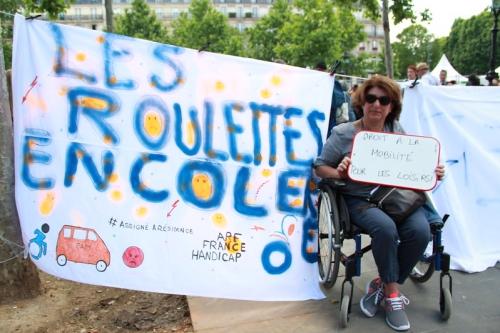 Photo de la manifestation des Roulettes en colère, place de la République le 17 juin 2019.