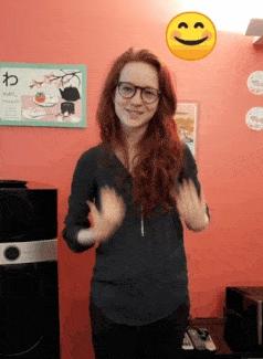 Pauline vous invite à un débat mouvant sur la culture sourde au Thé Signe
